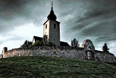 DescriptionWelcome to my wonderful castle. Enjoy your stay! Great Plains, Travelogue, Hungary, Budapest, Mount Rushmore, Horses, Mountains, Landscape, Country