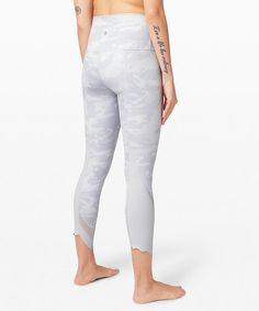 """Wunder Under Crop High-Rise *Roll Down Scallop Full-On Luxtreme 23""""   Women's Crops   lululemon"""