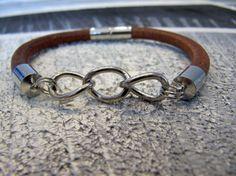 Bracelet de cuir naturel avec chaîne et fermeture par Bijju sur Etsy