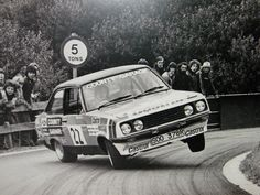 Ford Escort - 1977 Castrol National Rally - Malcolm Wilson y Ron Palmer Ford Rs, Car Ford, Vintage Racing, Vintage Cars, Wheel In The Sky, Ford Motorsport, Ford Classic Cars, Classic Motors, Ford Escort