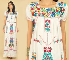 ViNtAgE 60's 70s Floral Oaxacan Mexican by hellhoundvintage, $138.00