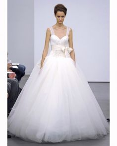 Vera Wang.  She is so my idol and always has been since she came on the scene.  I love you Vera and your God given talent!!  You inspire me and this is gorgeous.