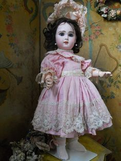 ~~~ Lovely French Bisque Bebe Jumeau Girl Size 8 ~~~