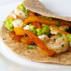 Shrimp Fajitas by Feastie Healthy Food Blogs, Good Healthy Recipes, Great Recipes, Dinner Recipes, Healthy Eating, Favorite Recipes, Healthy Meals, Fish Recipes, Seafood Recipes