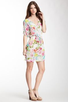 The perfect little floral frock!