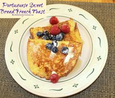 Michelle's Tasty Creations: Portuguese Sweet Bread French Toast