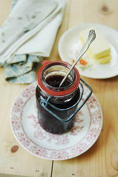 Old-fashioned Blueberry-Basil Preserves (lacto-fermented, honey-sweetened)