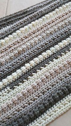[Easy] Autumn Chill Super Crochet Scarf – Free Pattern