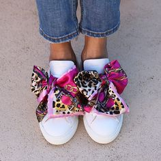 THE WHITE PINK SNEAKERS – alamedaturquesa Pink Sneakers, Italian Leather, Moccasins, Fairy, Flats, My Style, Ideas, Fashion, Shoes