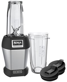 Grab a healthful smoothie to go when the Nutri Ninja Pro single-serve blender is in your kitchen. The Ninja Pro extractor blades crush ice and blend your ingredients smoothly, all the while helping to