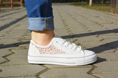 Tenisi Cover http://www.standard-shoes.ro/incaltaminte-dama/tenisi #spring #collection #sneakers #white #elegance #sport #woman #fashion