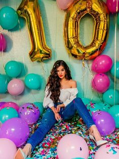 celebrity feet pictures from Hailee Steinfeld Feet photos) 13th Birthday Parties, 22nd Birthday, Girl Birthday, Tumblr Birthday, 30th Birthday Themes, 16th Birthday Decorations, Birthday Cakes, Happy Birthday, Cute Birthday Pictures