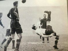 Bert Bliss tries an overhead kick in the 1921 fa cup final v Wolves