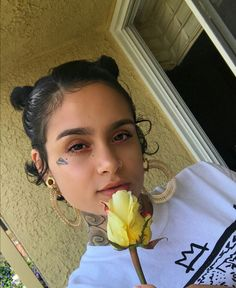 Kehlani selfies - April 2017