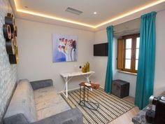 Alojamientos para enamorarse de Galicia - Hoteles Real Estate, Ceiling, Flooring, Interior Design, House Wall, Room, Furniture, Home Decor, Image