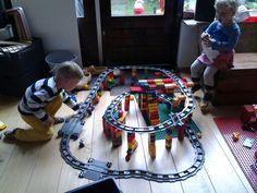 Duplo trein rails, zelf gemaakt.