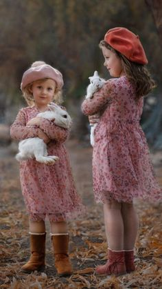 Pictures Of People, Great Pictures, Bun Bun, White Rabbits, Beautiful Children, Cute Kids, Childhood Memories, Bunny, Hipster