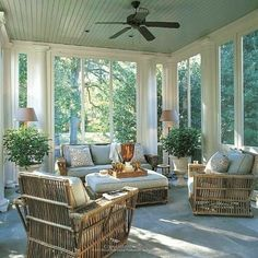 The Entertaining House: The Porch :: Outdoor living perfected!love the blue ceiling Outdoor Rooms, Outdoor Living, Outdoor Kitchens, Outdoor Bedroom, Outdoor Decor, 3 Season Room, Three Season Room, 3 Season Porch, Four Seasons Room