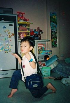 NCT in the house! Winwin, Taeyong, Jaehyun, Nct 127, Ten Chittaphon, Pre Debut, Childhood Photos, Jung Woo, Meme Faces