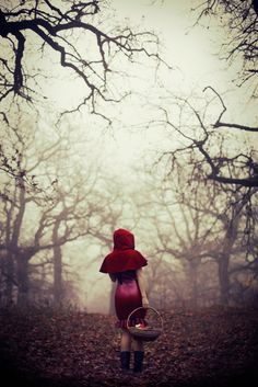 Red riding hood model: Varganess latex by maebelle latex photo: Josefine Jönsson Legend Stories, Charles Perrault, Red Ridding Hood, Big Bad Wolf, Illustrations, Little Red, Faeries, Dark Art, Storytelling