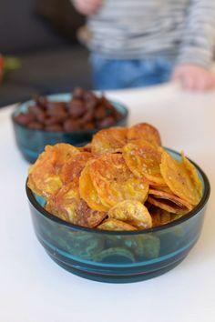 Supersnacks – kanongoda bananchips – 3 kockar 7 kids Low Carb Sweets, Healthy Sweets, Healthy Snacks, Healthy Recipes, Healthy Eating, Heathy Treats, Vegan Snacks, Sweets Recipes, Snack Recipes