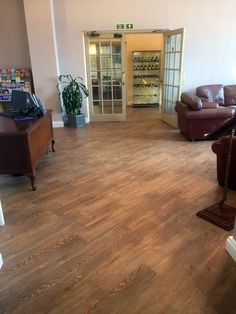 Pure luxury in the The Osborne Hotel lounge in Torquay with quality Karndean Designflooring laid by our professional fitters at 45 degrees