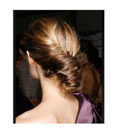 See more wedding #hairstyle ideas at ItsaBrideslife.com #wedding #itsabrideslife