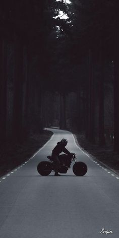 I'm the only fireplace – Cars & Motorcycles – – Motorr… Sou a única lareira – Carros e Motos – – Motorrad… Gp Moto, Moto Bike, Motorcycle Bike, Motorbike Girl, Motorcycle Outfit, Motorbike Cake, Mini Motorbike, Motorbike Storage, Motorbike Jackets