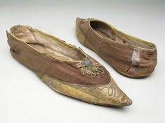 Shoes, wool and kid lined with kid and linen trimmed with chenille and metal ornament, leather sole, 1785-1800.