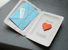 Zur Hochzeit- eine Geschenkbox mit einer Gutscheinkarte zum Beschriften oder für ein Geldgeschenk - mit Herz! bestempelter Karton mit hellblau farbenen C7 Umschlag und Karte, Schriftzug,...