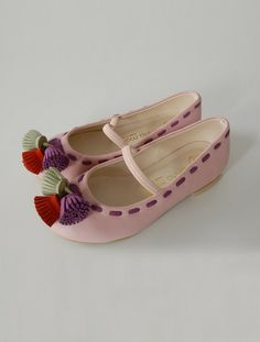 the   susanna   shoe
