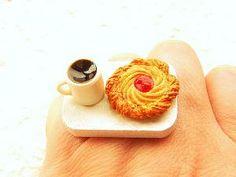 strange ring