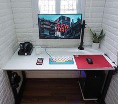 http://ift.tt/2BLFKgT cozy closet battlestation