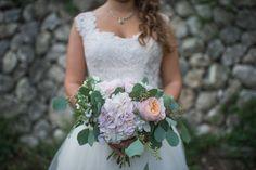 pastel hued bouquet