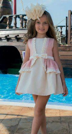 Cute Little Baby Girl, Cute Little Girl Dresses, Dresses Kids Girl, Cute Girl Outfits, Kids Outfits Girls, Cute Dresses, Cute Toddler Girl Clothes, Sewing Baby Clothes, Designer Baby Clothes