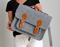 MESSENGER BAG, 15-inch laptop bag,  laptop bag, 15 Macbook case, cross body bag, felt bag, office bag, felt satchel, Macbook Pro 15 in case by FeltStudioDesign on Etsy