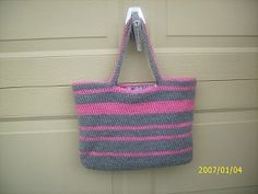 Easy Crochet Tote - use black and white and it looks like the doppler effect, ode to BBT