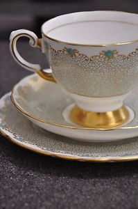 1920-STUNNING-Tuscan-Fine-Bone-China-Teacup-Trio-Made-In-England-EC