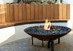 Outdoor Living:Contemporary Fireplace Design Ideas For Stylish Outdoor Living Room Decorating Outdoor Seating Furniture Contemporary Outdoor Gas Fireplaces Bowl Gass Fireplace For Outdoor Seating Areas