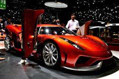 1.500 PS Koenigsegg Regera   Aus dem Driven! Artikel: Stammtisch der Supercars: Der Genfer Autosalon