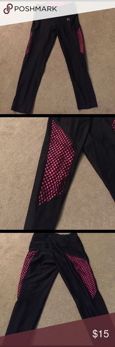 💋RBX Workout Capris💋 ⭐Gently used once RBX Workout Capris 🔹Material is 88% Poly 12% Spandex🔹 Non see through.. Super fun Pattern😍 Hot pink material with fishnet accents on the sides💋💪🏼 Workout in style in these babies RBX Pants Capris