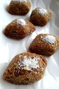 Bal Badem Tatlısı #balbademtatlısı #şerbetlitatlılar #nefisyemektarifleri #yemektarifleri #tarifsunum #lezzetlitarifler #lezzet #sunum #sunumönemlidir #tarif #yemek #food #yummy