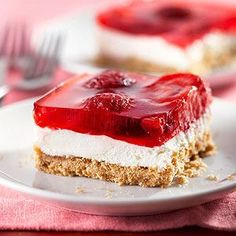 Strawberry Pretzel Salad from @bhg