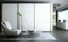 Armadio moderno / in legno / in legno laccato / a porte scorrevoli LINE by Fernando Salas and Jordi Dedeu CARRE furniture