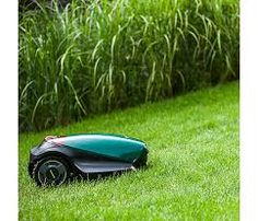 With so many useful features and functions, the RC308 is perfect for those with small gardens and is capable of adapting to the most complex of lawns. It's easy to use, it'll save you loads of time and effort and it'll totally change your lawn (in the good way).