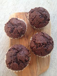 Chelsea's Health: whole wheat chocolate zucchini muffins
