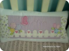 Almofada patchwork by ♥Nanistore♥, via Flickr