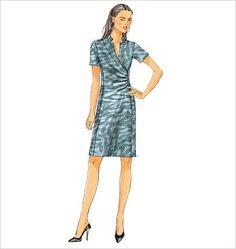 Amazon.fr - Butterick B5849 EASY TO MAKE Dress/ Robe SEWING PATTERN/ PATRON 3 Design Option Poitrine:92-97-102-107-112 cm Toutes les tailles inclus dans l'enveloppe. Instructions en français et en anglais. - Butterick - Livres
