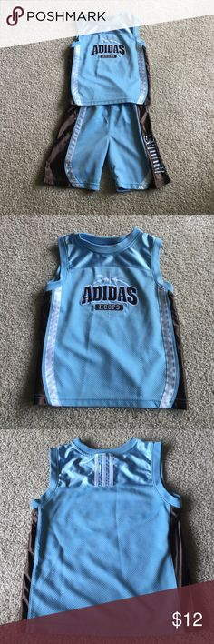 💙 ADIDAS Set- Shorts and sleeveless top Phat outfit for your fly guy.  In excellent condition.  Shorts are a size 6, but it plays into the long shorts fashion trend.  Top is a 5.  No stains or tears.  Smoke/Pet free home. Adidas Bottoms Shorts