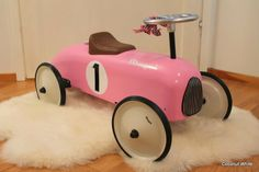 Girls pink car from Magni - Coconut White